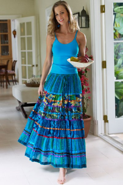 blue tank top with scoop neckline and matching pleated skirt for maxi gypsies