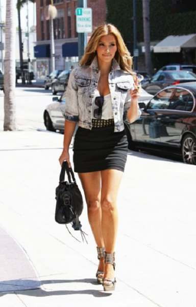 Blue washed jeans short-sleeved jacket with black mini skirt
