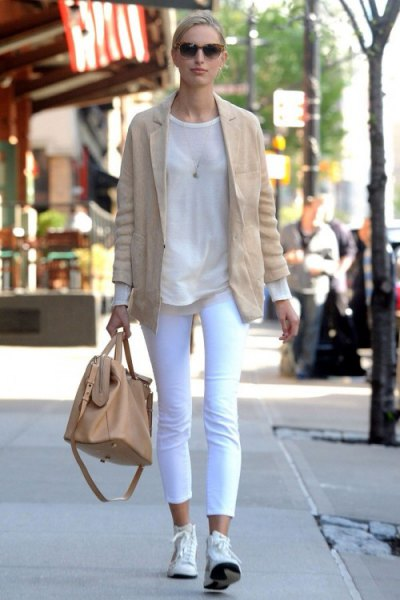 blushing pink blazer with white tank top and sneakers