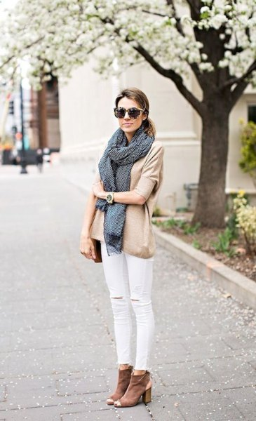 blushing pink blouse with white jeans and gray open-toed ankle boots