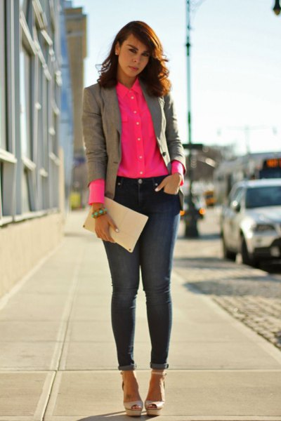 Blushing pink shirt with buttons, gray blazer and ankle jeans
