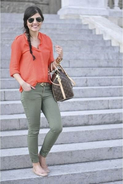blush pink carol button-up shirt with olive skinny jeans