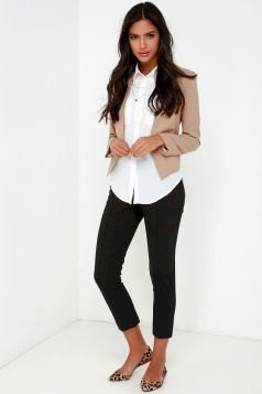 blushing pink cropped blazer with white shirt and black jeans