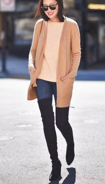 Rouge pink wool coat with ivory sweater and overknee boots