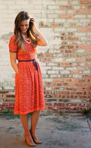 Rouge short sleeve midi lace dress with belt and gathered waist