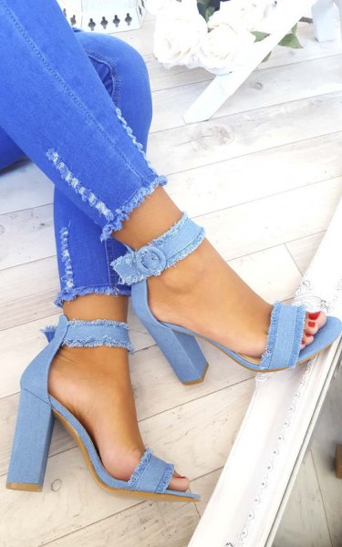 light blue skinny jeans with a white blouse and light blue jeans heels