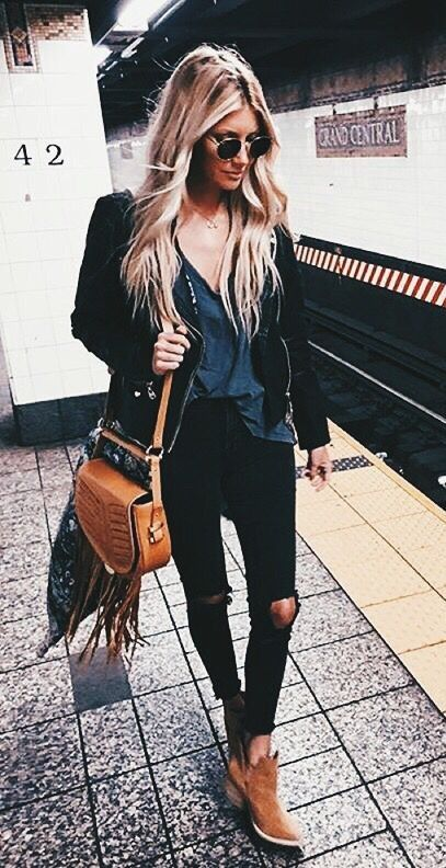 black jeans. brown ankle boots. | Fashion, Street style, Outfit .