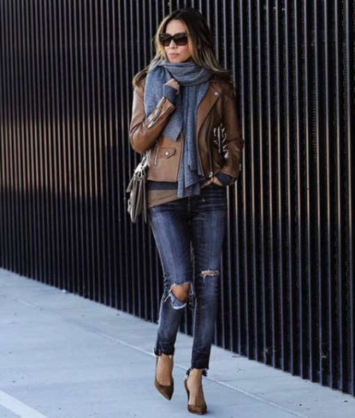 brown leather jacket with green t-shirt and gray knitted scarf