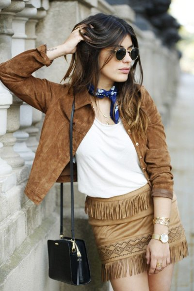 Mini skirt with brown suede jacket and fringes