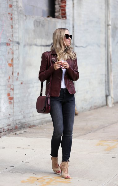 Burgundy jacket with white t-shirt and heels cut out in light pink