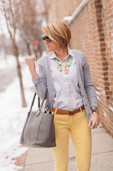 Button gray cardigan
