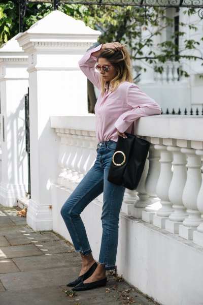 Shirt with buttons and cropped skinny jeans