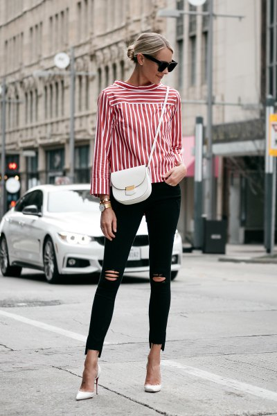 buttonless red and white striped shirt with black ripped skinny jeans