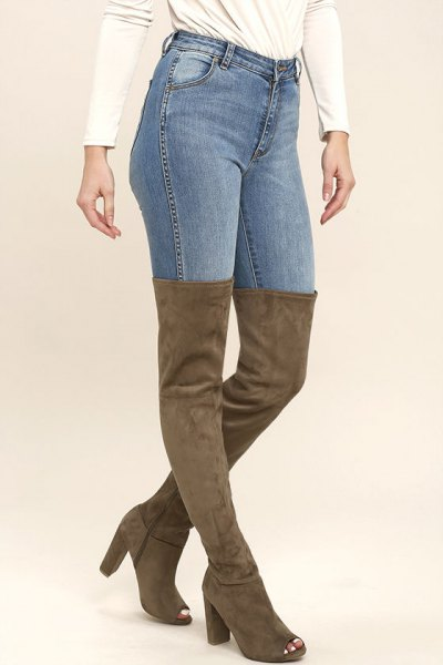 Camel above the knee suede open toe boots and skinny jeans