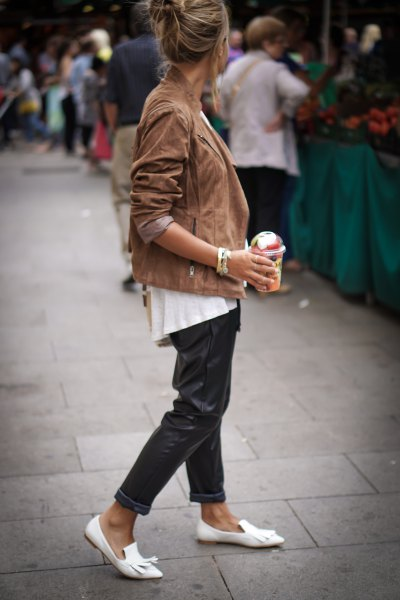Camel suede blazer with white leather strap slippers