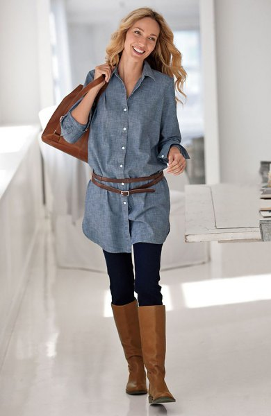 Chambray tunic blouse with button closure and knee-high boots made of brown leather