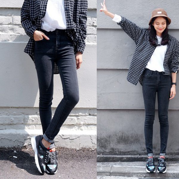 Checked boyfriend shirt with black skinny jeans with a high waist and cuffs
