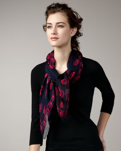 Chiffon scarf with fitted and flared black dress