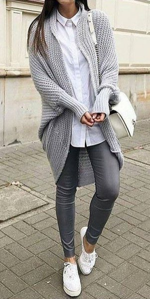 Chunky tunic knitted sweater cardigan with longline white shirt