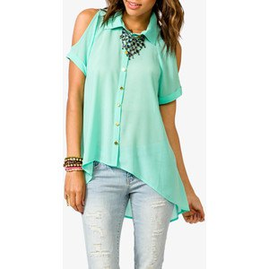 cold shoulder high low shirt with jeans