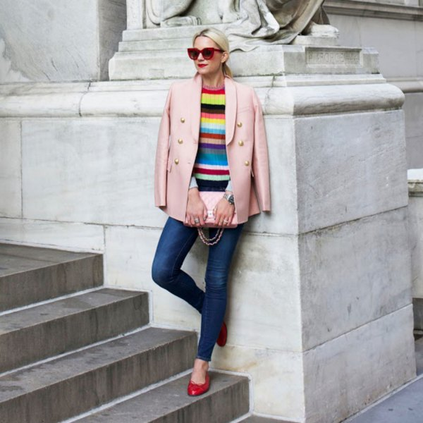 Color block knitted sweater blue skinny jeans