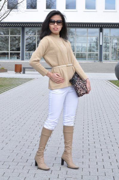 Cardigan with crepe belt, matching knee-high boots and white jeans