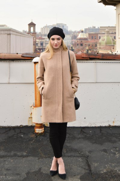 Crepe cocoon coat with black leggings and ballerinas
