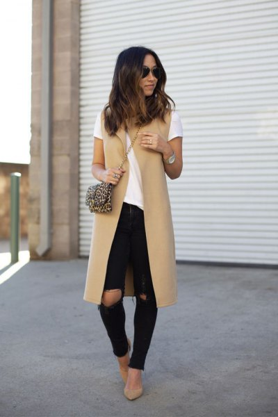 Crepe midi vest with white T-shirt and ripped skinny jeans