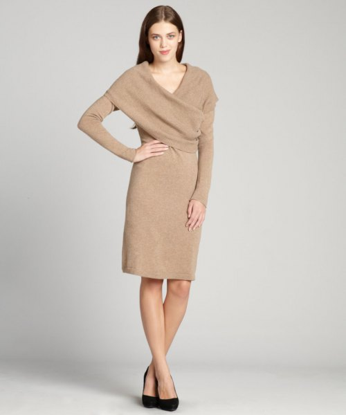 Cashmere dress with a crepe wrap collar