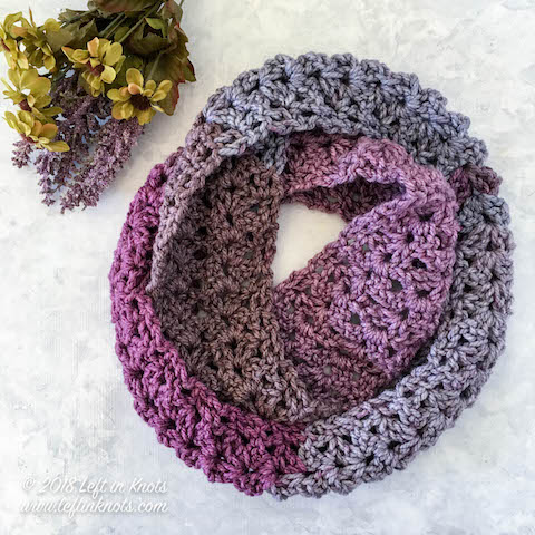 Crochet Frosted Berry Infinity Scarf - A Free One Skein Pattern .