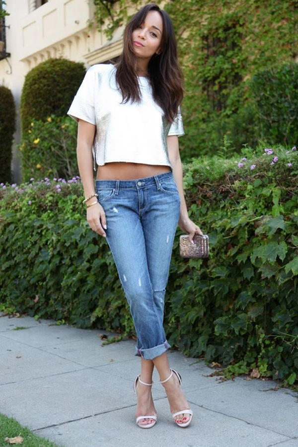 Crop Top Cuffed Boyfriend Jeans Outfit