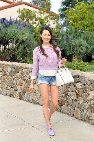 Short sweater with white shirt and denim shorts