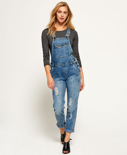 Jeans outfit with cuffs