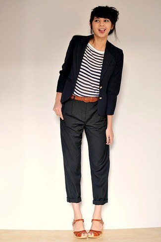 Chinos with cuffs and a striped T-shirt and black blazer