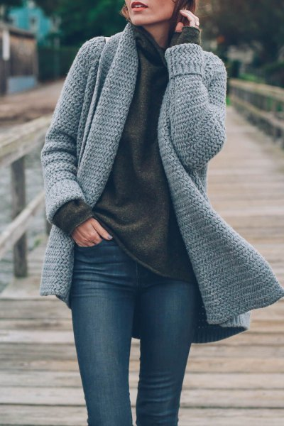 dark gray sweater with waterfall neckline and skinny jeans