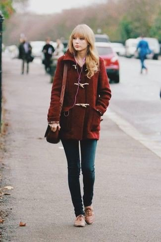dark wool coat with skinny jeans and brown evening shoes
