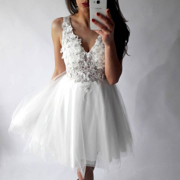 deep lace dress with V-neckline and chiffon tulle