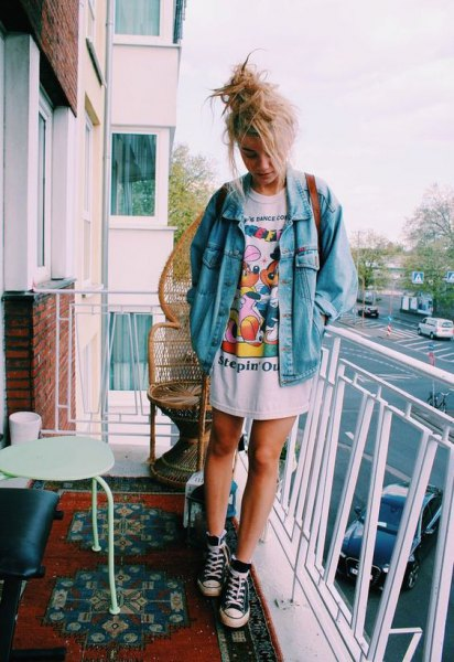 Denim jacket oversized print t-shirt