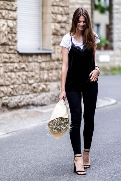DIY black and white top with skinny jeans