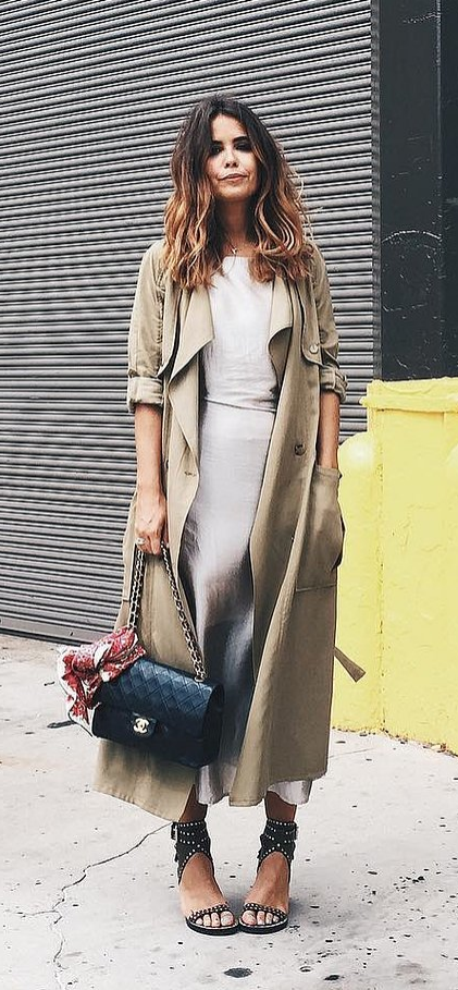 40 Thanksgiving Dinner Outfit Ideas That Are Cozy and Stylish .