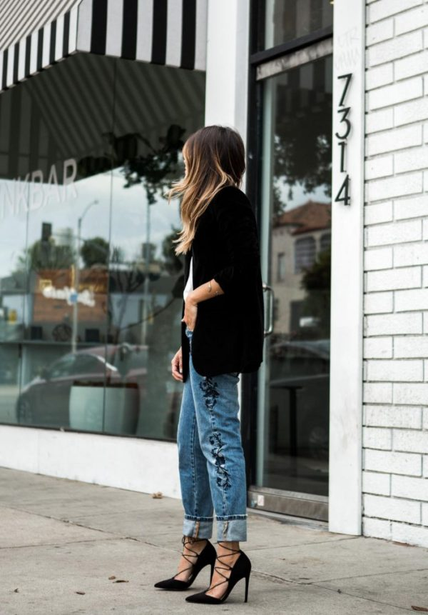 embroidered jeans black