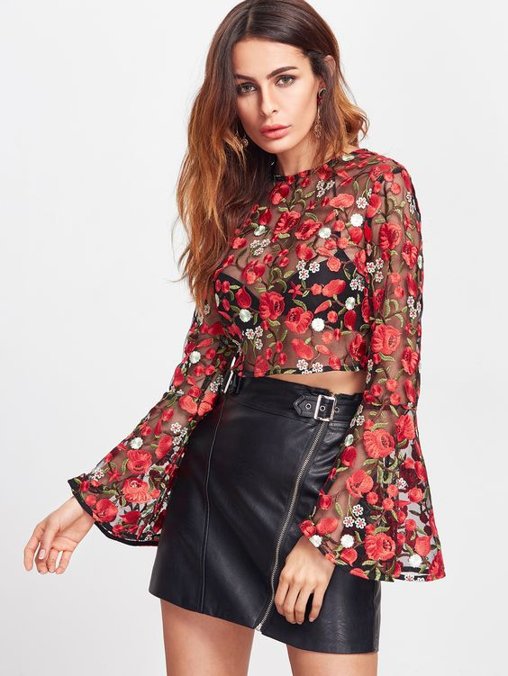 embroidered mini skirt made of mesh top leather