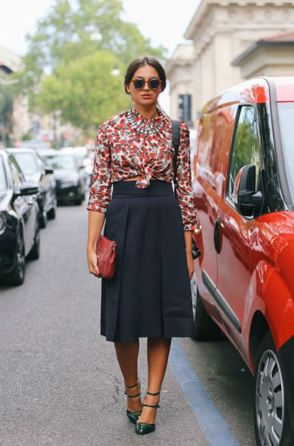 knotted skirt look