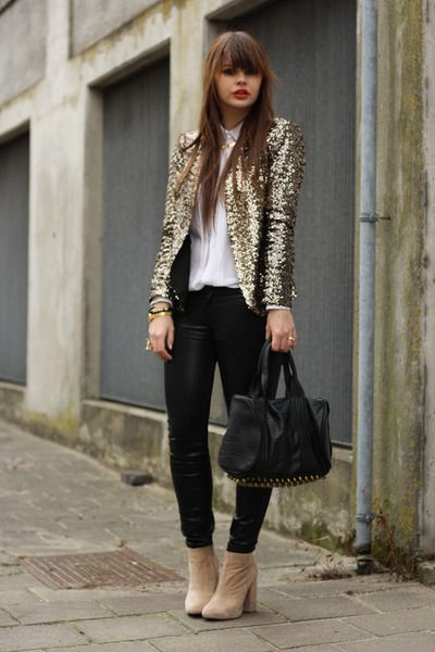 Sequin blazer | Sequin jacket outfit, Fashion, Gold sequin jack