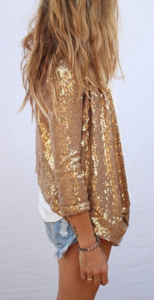 Oversized shirt in gold sequins with mini denim shorts