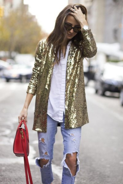 gold oversized sequin blazer with white shirt and boyfriend jeans