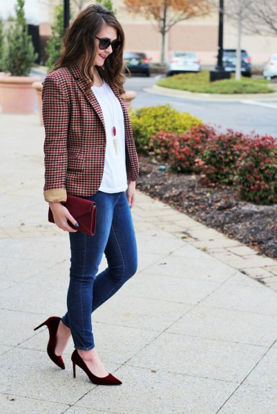 green and black plaid blazer white tee blue jeans