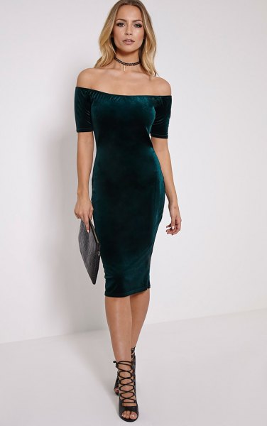 green off-the-shoulder midi dress made of velvet
