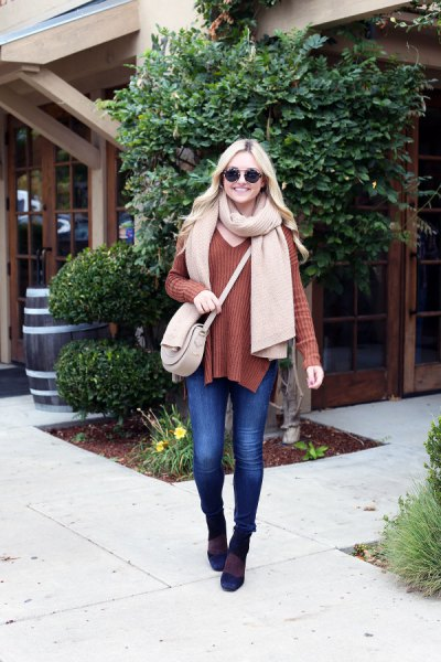 green ribbed sweater crepe cashmere scarf