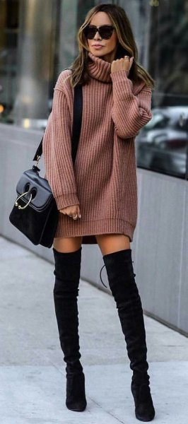 green, ribbed sweater dress with black overknee boots made of suede
